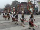 Кукерски чанове огласиха България