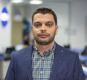 Стоян Нешев