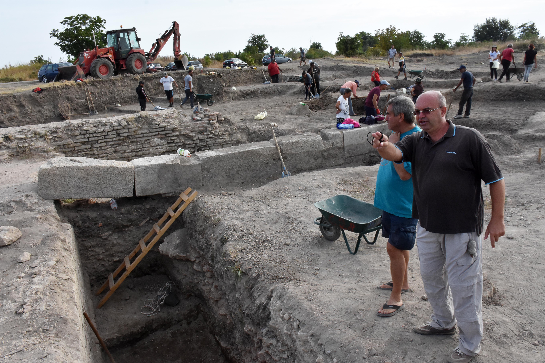 Разкриха най-големите римски терми в България СНИМКИНовиниИнформация