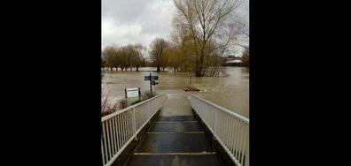 Наводнен град във Великобритания