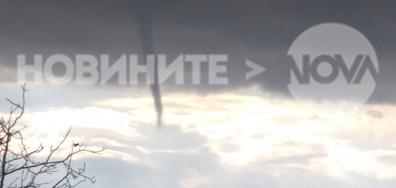 Торнадо над Костенец