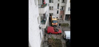 Всекидневно паркиране на тротоар