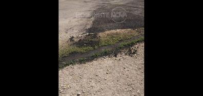 Асфалтиране върху кал в Априлци