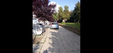 Паркомясто върху тротоар в Горна Оряховица