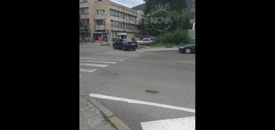 Паркиране на пешеходна пътека