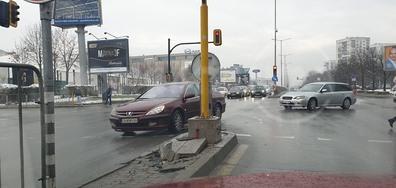 Ремонтиран светофар