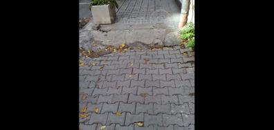 Паркинг и тротоар