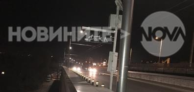 """Нероботещо осветление на стълбите на ремонтирания мост """"Чавдар"""""""
