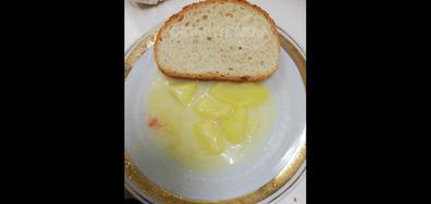 Храна в болницата