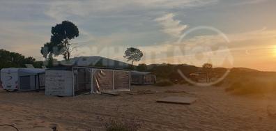 Концесионери поставят каравани върху дюни