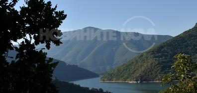 """Язовир """"Въча"""" - едно от най-красивите места в България"""