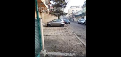 Паркоместа на тротоара
