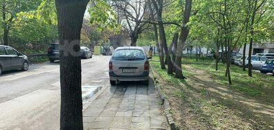 Неправилно паркирани коли