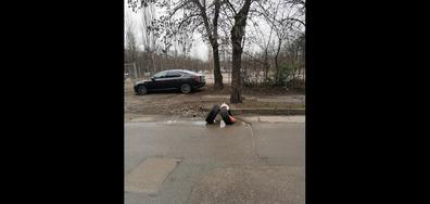 Опасни улични дупки