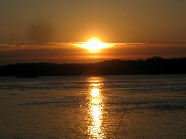 Залез над Дунав край Силистра