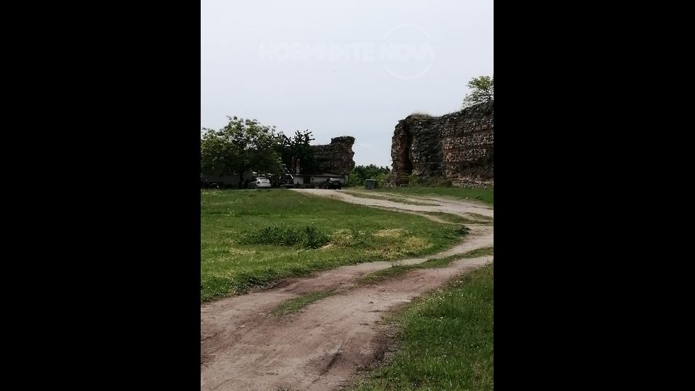 Пристрояване на крепостната стена в Хисаря