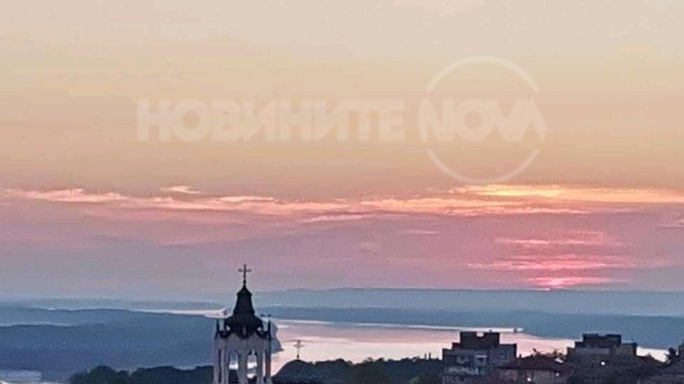 Изгрев над Дунав