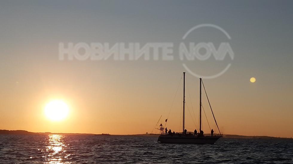 Залез над Бургаския залив