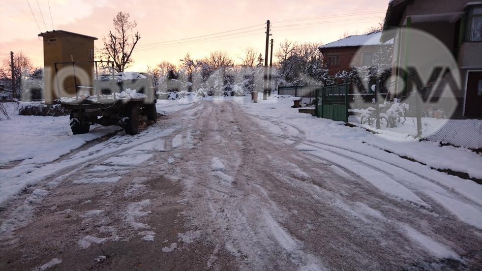Непочистени улици от сняг в село Пешаково общ.Видин