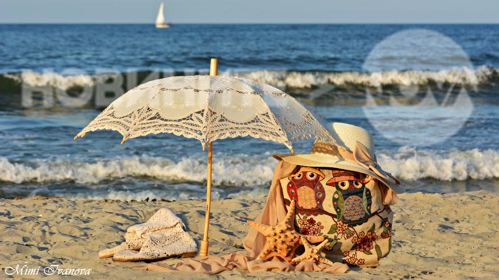 И днес чадърите ще са ни нужни край морето