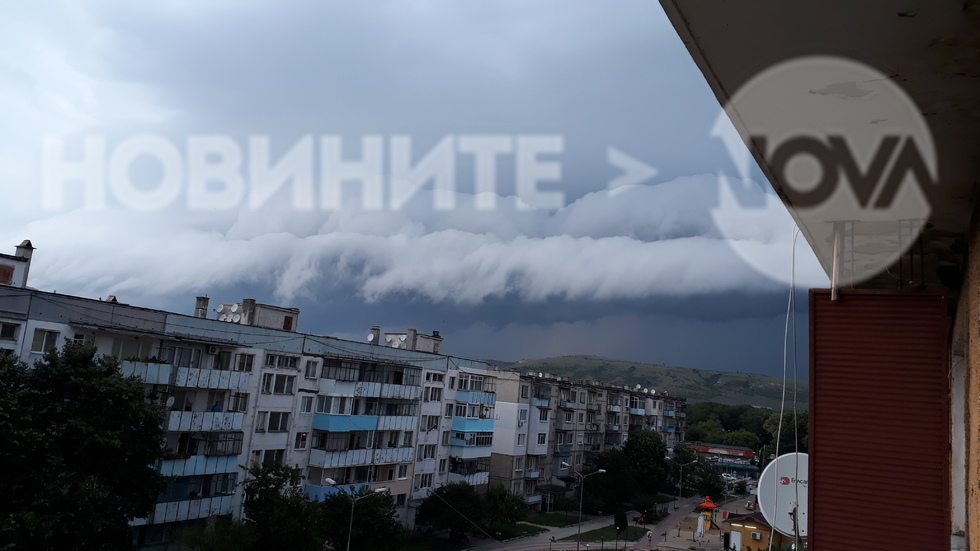 Интересни облаци преди буря