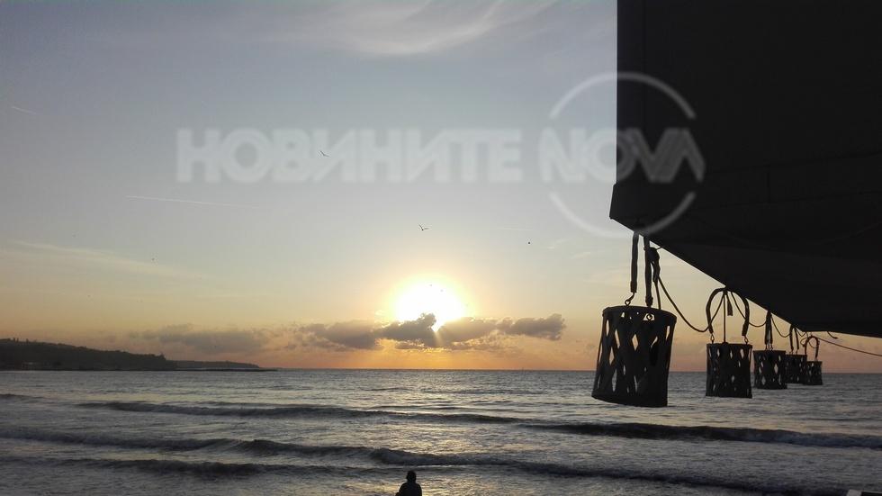 Красив морски изгрев