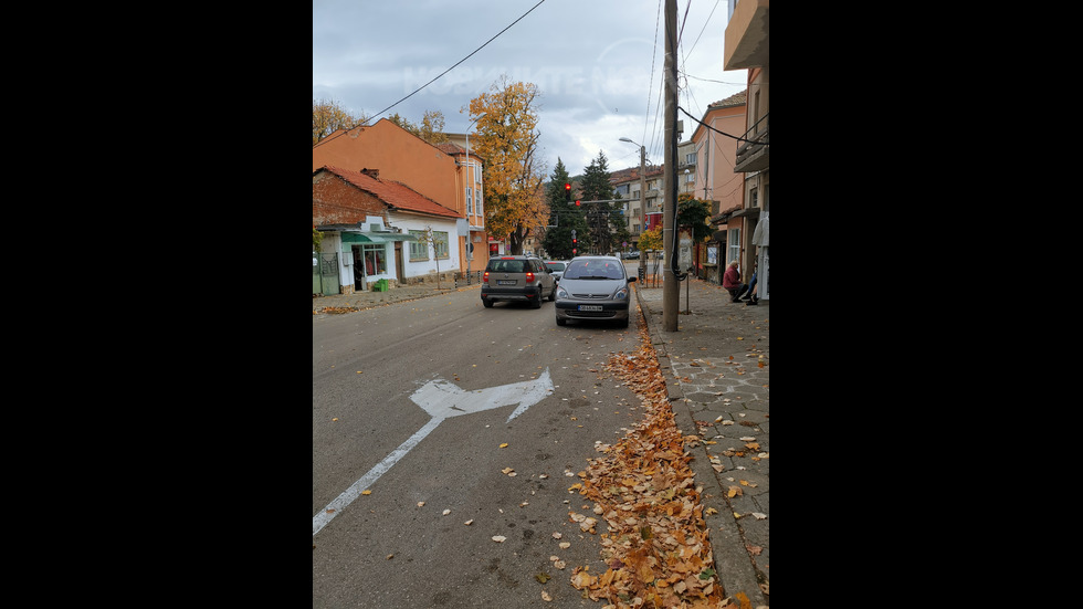 Паркиране на светофар