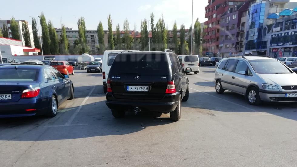 Неправилно паркиране на паркинг