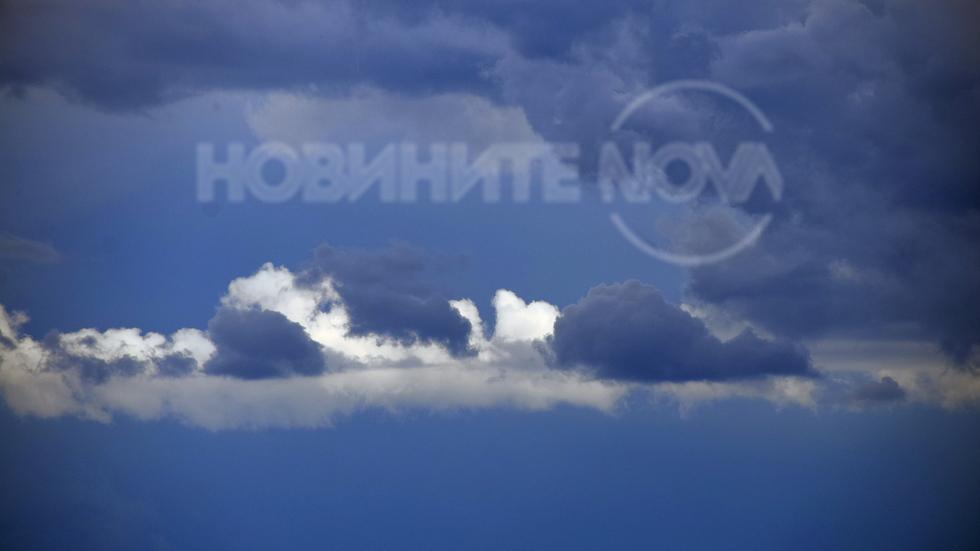 """""""Бял лебед"""" в мрачното небе!"""