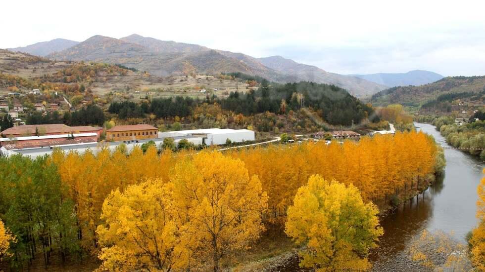 Златна есен в Искърското дефиле - Зверино
