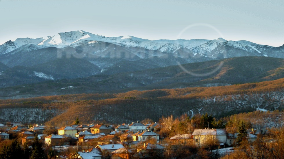 Зимна сутрин в село Гуцал