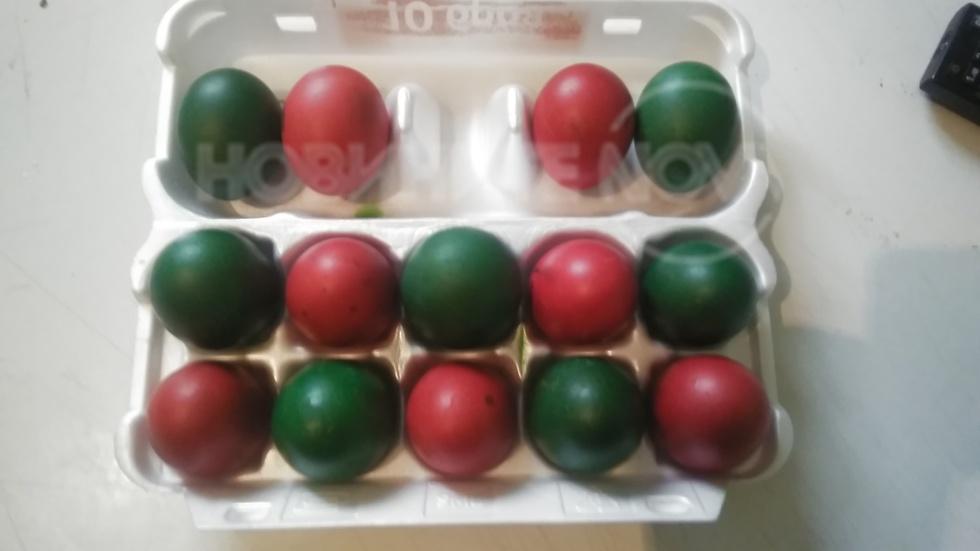 Шарени яйца навръх Великден