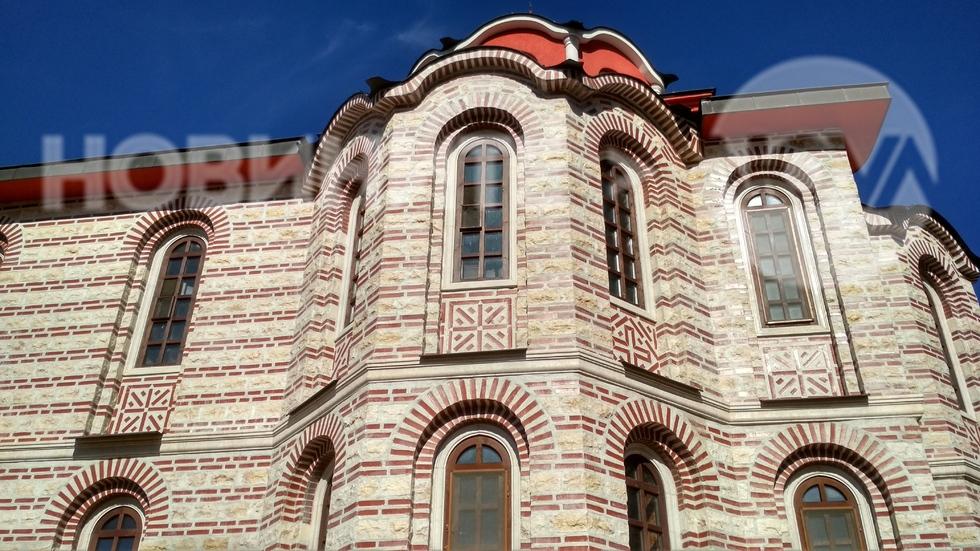 Черквата на манастира