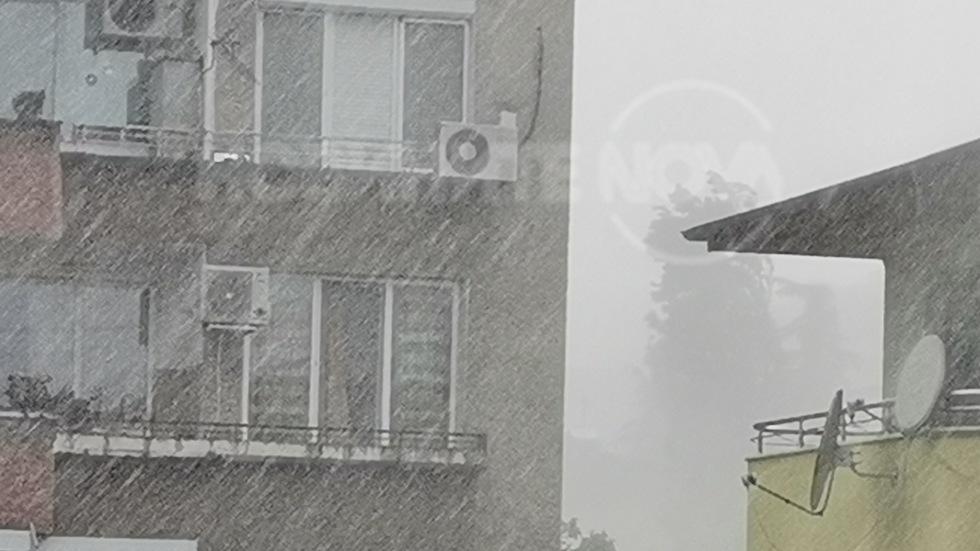 Обилен дъжд в Стара Загора днес