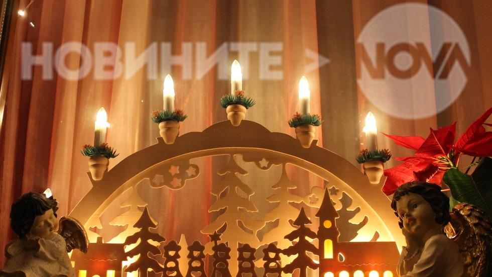 Коледни светлини в Стария Несебър