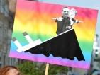 Тежки загуби на местните избори записаха Меркел и Саркози