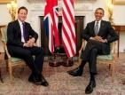 Обама и Камерън сервираха пържоли на войници