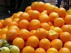 Поевтиняват доматите, портокалите, мандарините, захарта и олиото