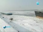 Леден капан по Дунав. Кораби са в опасност заради огромни ледени късове