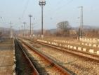 Откриха труп на бебе в София, майката се хвърлила под влак
