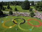 100-годишна понесе олимпийския огън