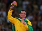 Бразилец счупи медала си в банята
