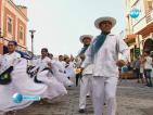 Пловдив се потопи в дефилетата на танците