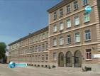 МОН иска по-строги мерки за сигурност във всички учебни заведения