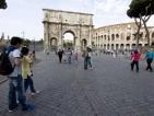 Забраниха яденето на сандвичи в центъра на Рим