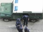 """Акция """"Малкия Мук"""": Арестуваха търговци на нелегални цигари"""