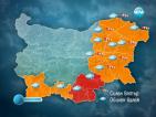Дъждът у нас продължава, снежна пелена покри част от Европа