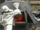 Властите в Перу изгориха показно 10 тона кокаин