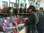 През 2012 г. сме сме купували по-малко дрехи и обувки