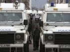 Сблъсъци в Белфаст, полицията стреля с гумени куршуми